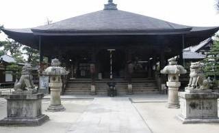 「智恩寺」…日本三文殊の智恩寺学業成就祈願!三人寄れば文殊の智恵」で知られる文殊菩薩は智慧を象徴する菩薩様。多くの方が智恵を授かりにお寺を訪れます。